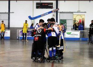 El equipo senior se felicita tras una victoria